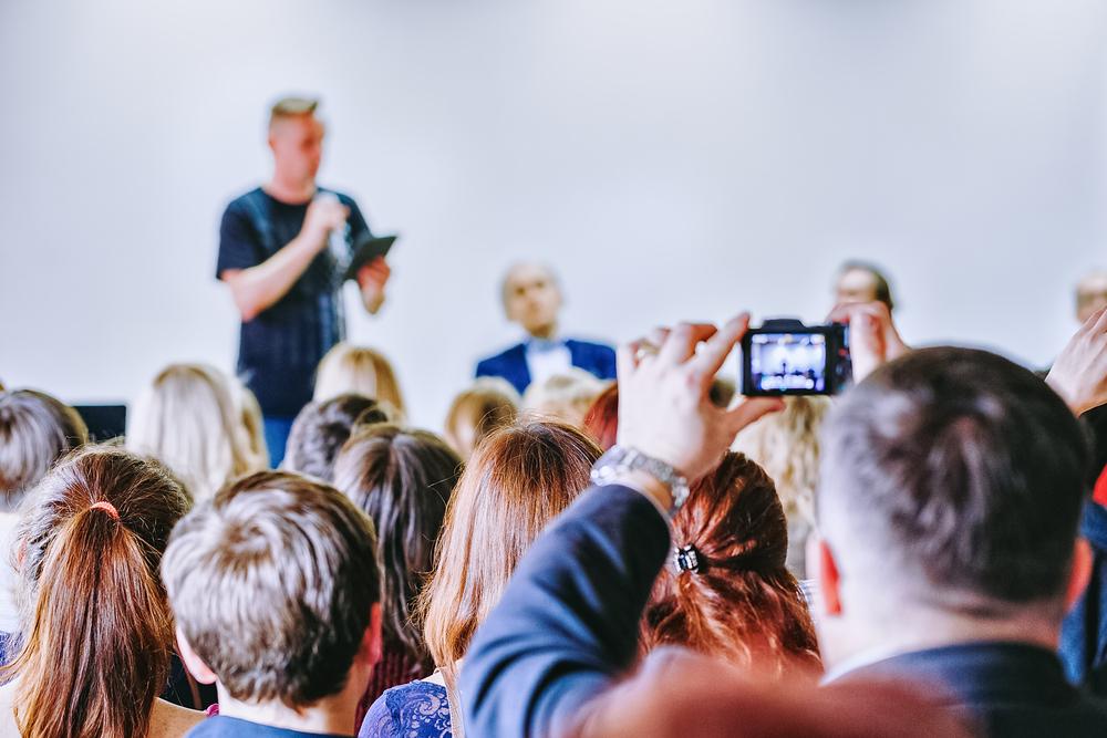 4 step fondamentali per organizzare un evento social