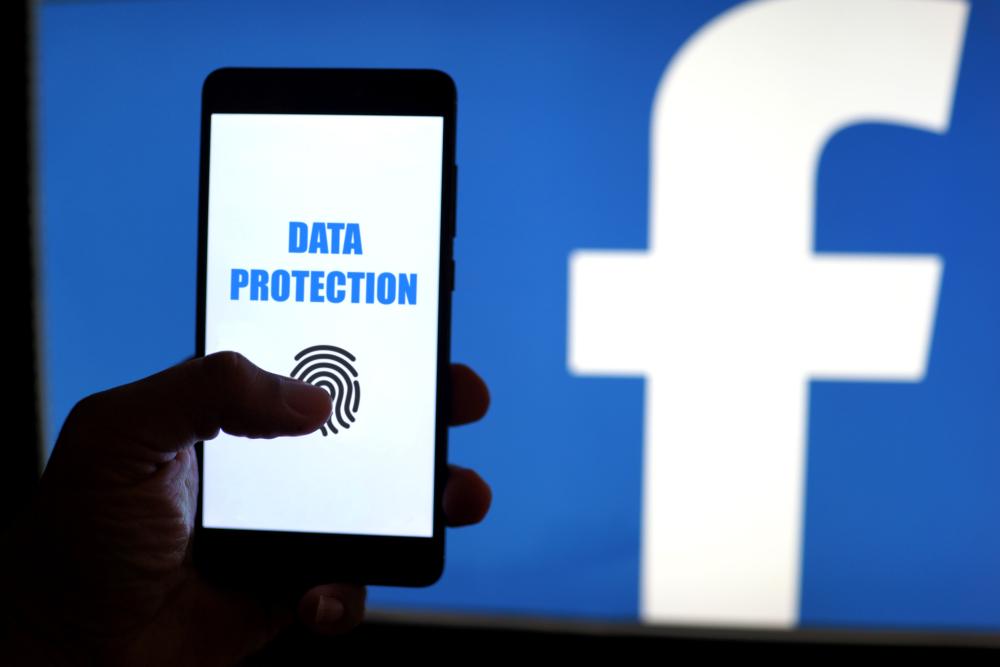 Il link di Facebook per sapere se il tuo account è stato usato da Cambridge Analytica