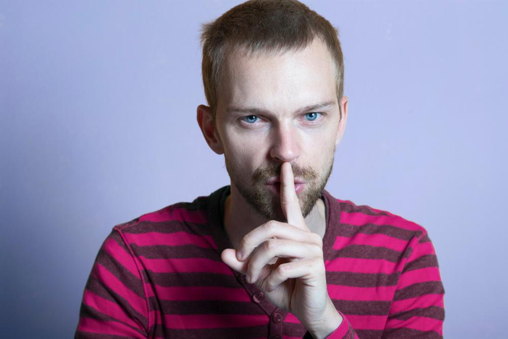 Cosa sono le romantic scam, le truffe romantiche e come evitarle?