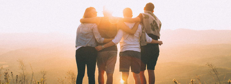Ci pensi al giorno in cui torneremo ad abbracciarci